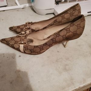 Authentic Gucci pumps